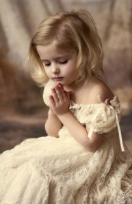 praying,girl,温情,baby,blessing,girl,god-33856cd63e9c382ce3d83ceab6561b65_h
