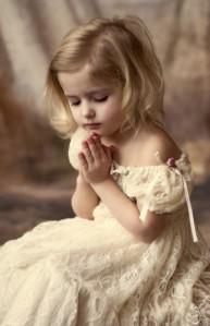 praying,girl,温情,baby,blessing,girl,god-33856cd63e9c382ce3d83ceab6561b65_h